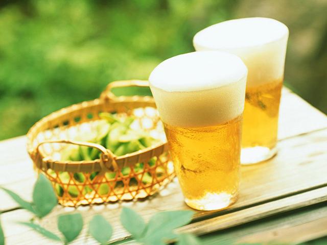 hãy tận dụng bia để làm đẹp da hiệu quả nhé