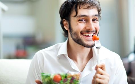 Khi đã ngoài 20 tuổi bạn nên ăn uống đủ chất