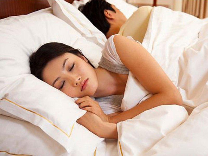 Yêu xong chàng lăn đùng ra ngủ đừng hỏi tại sao