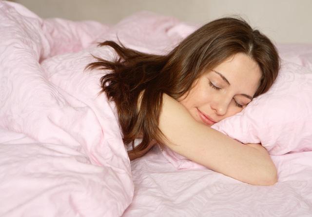 Đừng quên! Là phụ nữ đi ngủ cũng phải đẹp