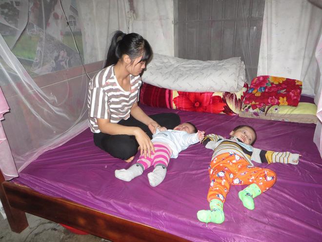 hai con thơ mắc bệnh hiểm nghèo, cha mẹ bất lực nhìn con héo úa từng ngày