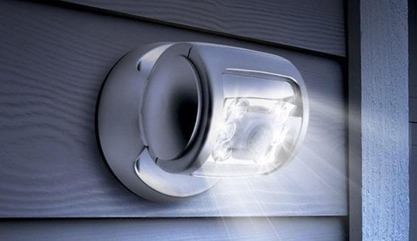 cách bảo vệ căn nhà của bạn khỏi trộm bằng cách cực đơn giản