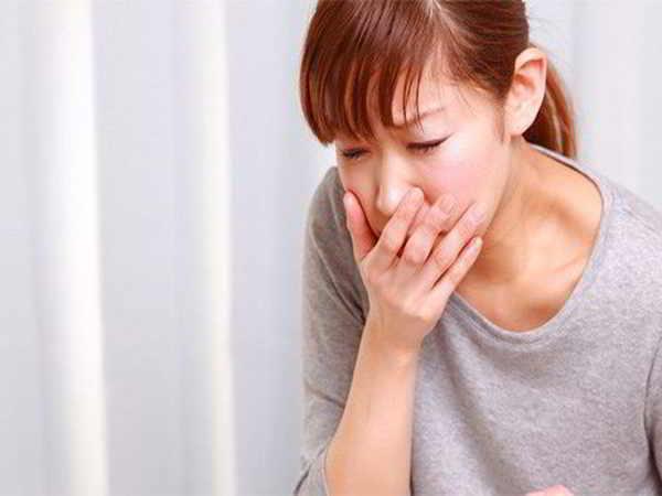 Nguyên nhân và cách khắc phục hiện tượng chóng mặt buồn nôn