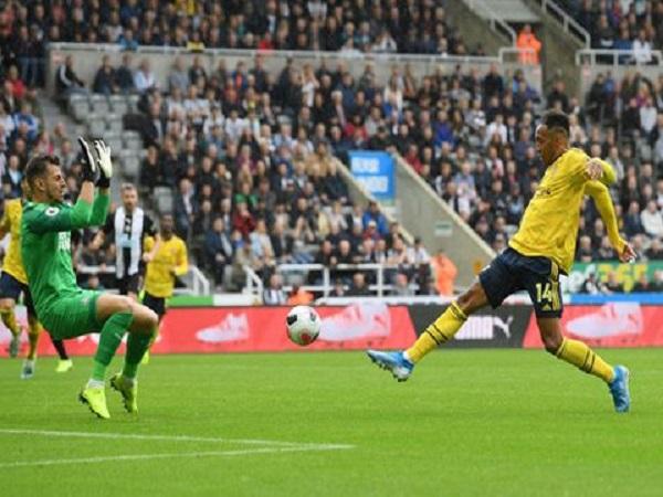 Newcastle 0-1 Arsenal: Ca khúc khải hoàn