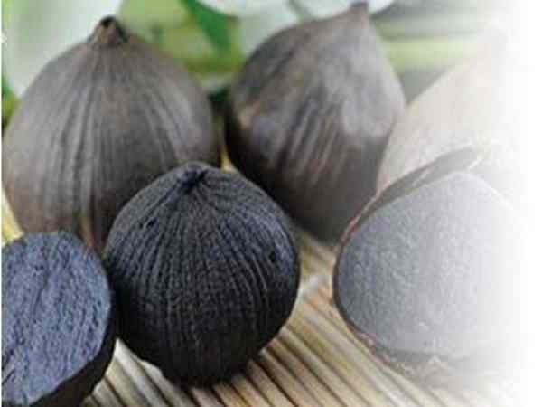 Tìm hiểu các tác dụng của tỏi đen đối với sức khỏe