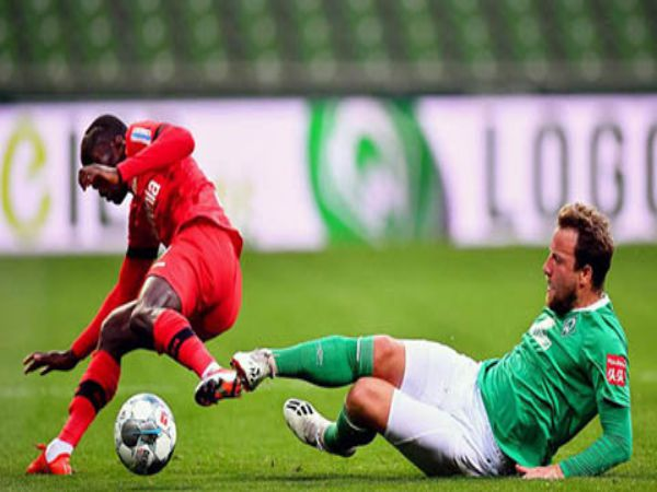 Vừa quay trở lại Bundesliga đã có 12 trường hợp gặp chấn thương
