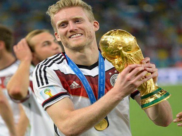 Nhà vô địch World Cup 2014 giải nghệ ở tuổi 29