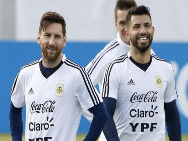 Chuyển nhượng 31/8: Aguero cấm khán giả nhắc tên Messi