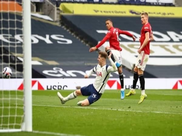 Tin thể thao 12/4: Man United lội ngượi dòng đánh bại Tottenham